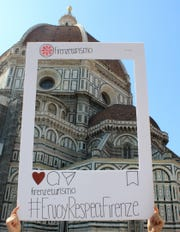 Students created content for Firenze Turismo's #EnjoyRespectFirenze campaign to show visitors how to properly appreciate and preserve the city. This one in particular showcases the famous Florence Cathedral, fondly known as the Duomo.