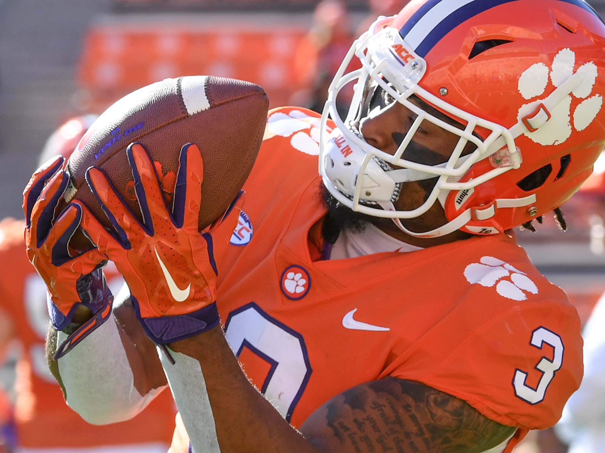 Clemson wide receiver Amari Rodgers (3) warms before the Louisville game in Memorial Stadium on Saturday, November 3, 2018.