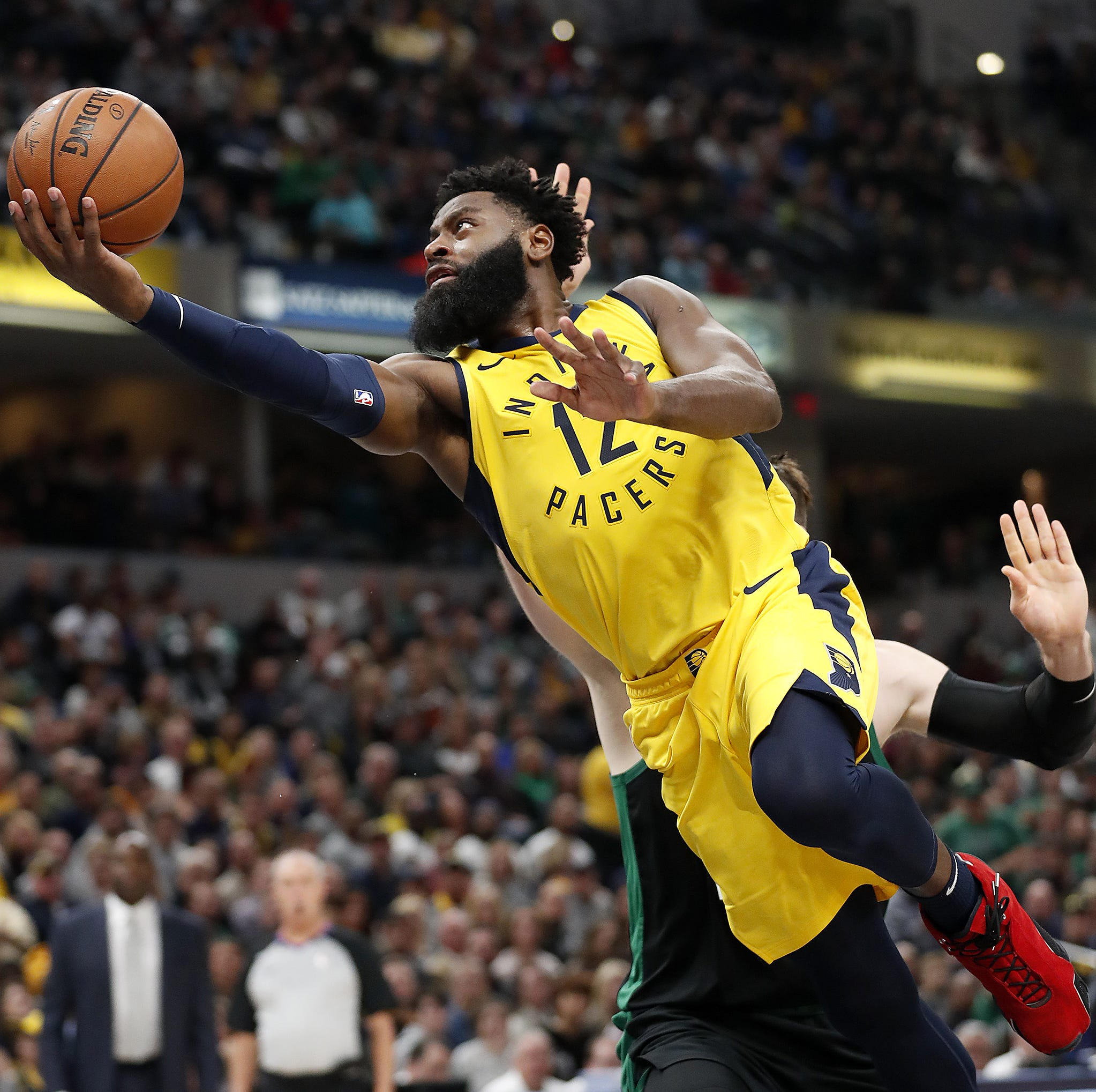 Pacers' Nate McMillan: Over-thinking causing Tyreke Evans to become 'robotic'