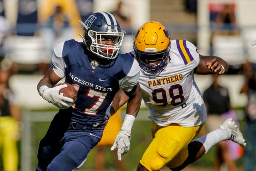 Revitalized Offense Leads Tigers To 34 28 Win Over Prairie View A M
