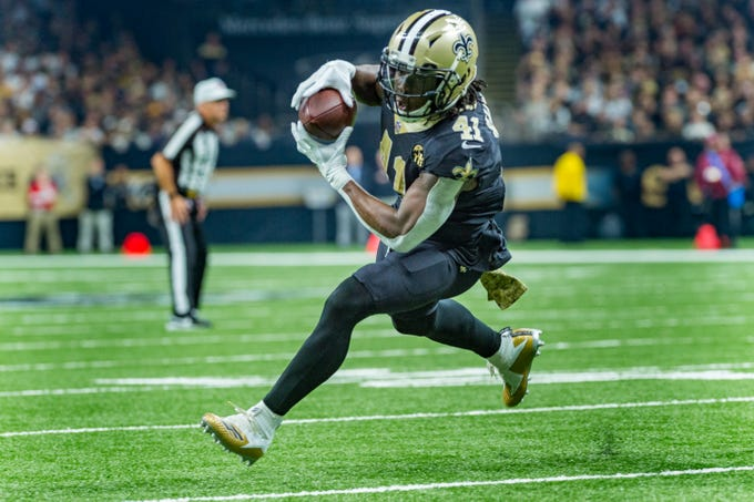 Saints runningback Alvin Kamara makes a catch and runs the ball during the NFL football game between the New Orleans Saints and the Los Angeles Rams on Sunday, Nov. 4, 2018.