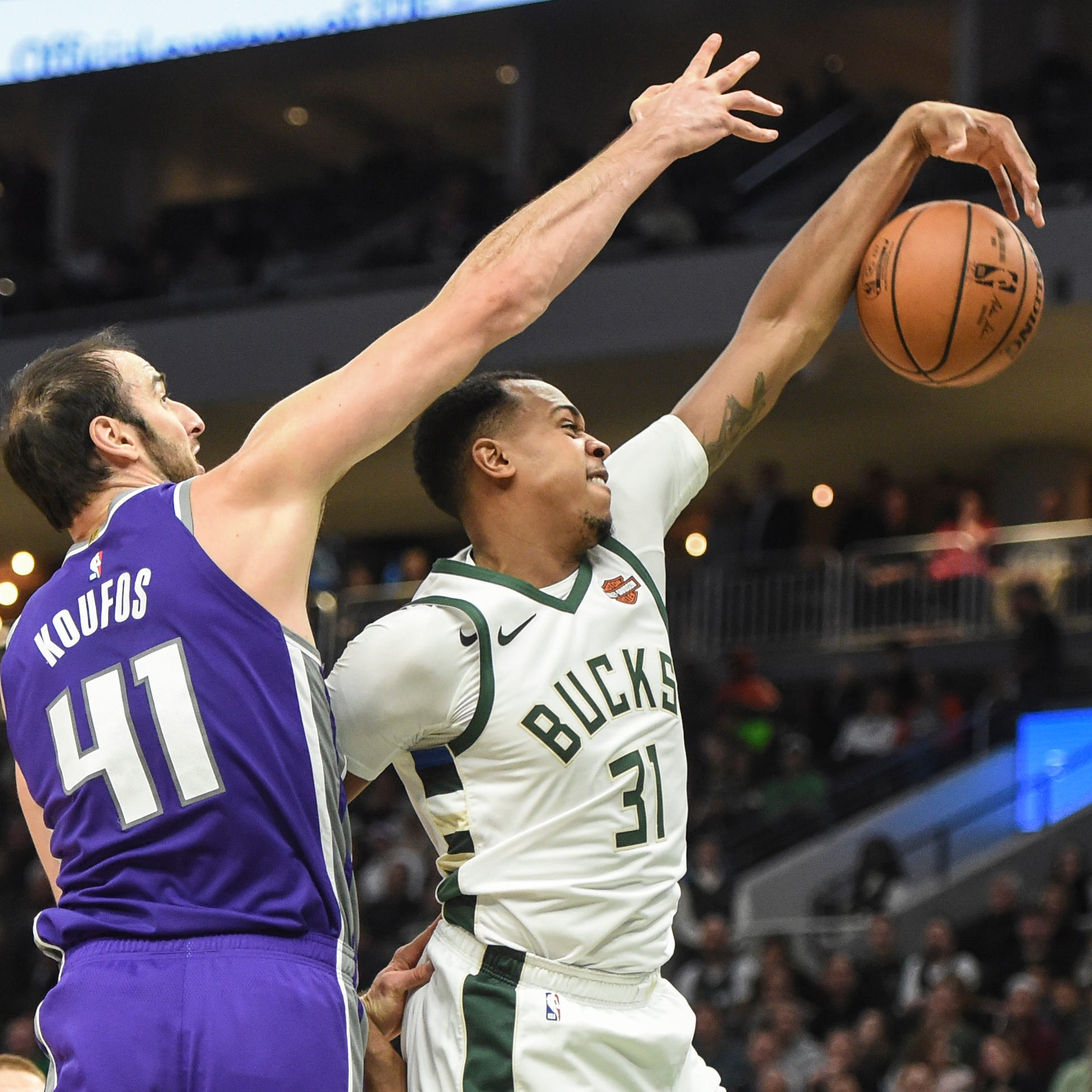 John Henson to have wrist surgery, Donte DiVincenzo to miss at least three games