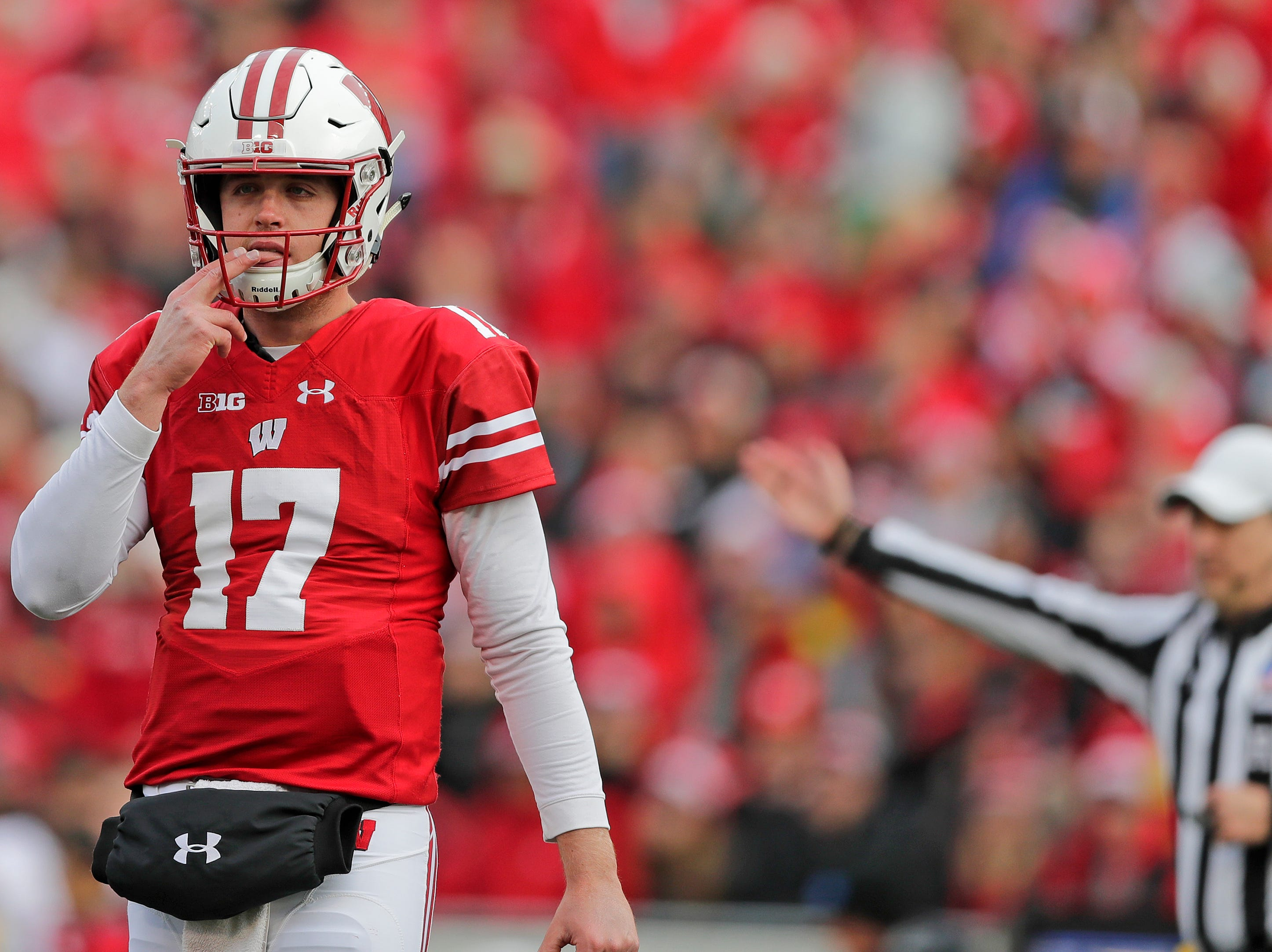 Wisconsin Badgers quarterback Jack Coan (17) looks to the sideline during the third quarter of a Big Ten football game at Camp Randall Stadium on Saturday, November 3, 2018 in Madison, Wis.Adam Wesley/USA TODAY NETWORK-Wisconsin