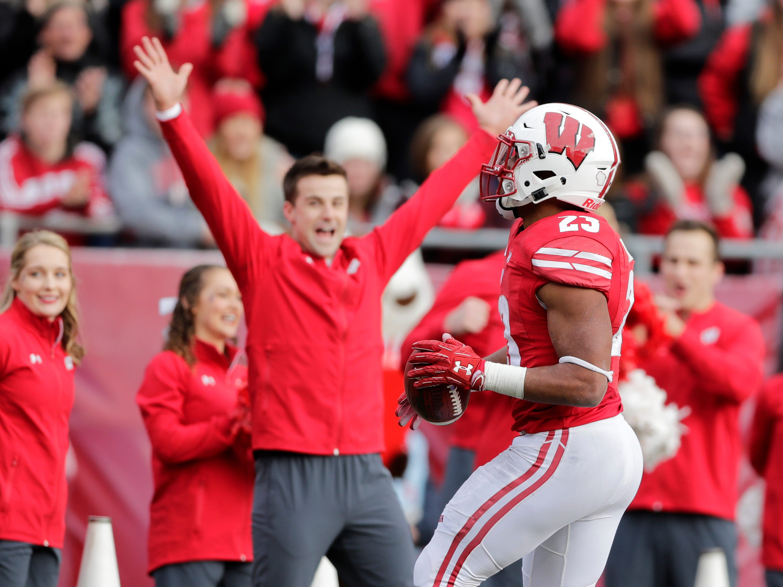 Wisconsin Badgers running back Jonathan Taylor (23) rushes for a touchdown against the Rutgers Scarlet Knights in the third quarter of a Big Ten football game at Camp Randall Stadium on Saturday, November 3, 2018 in Madison, Wis.Adam Wesley/USA TODAY NETWORK-Wisconsin