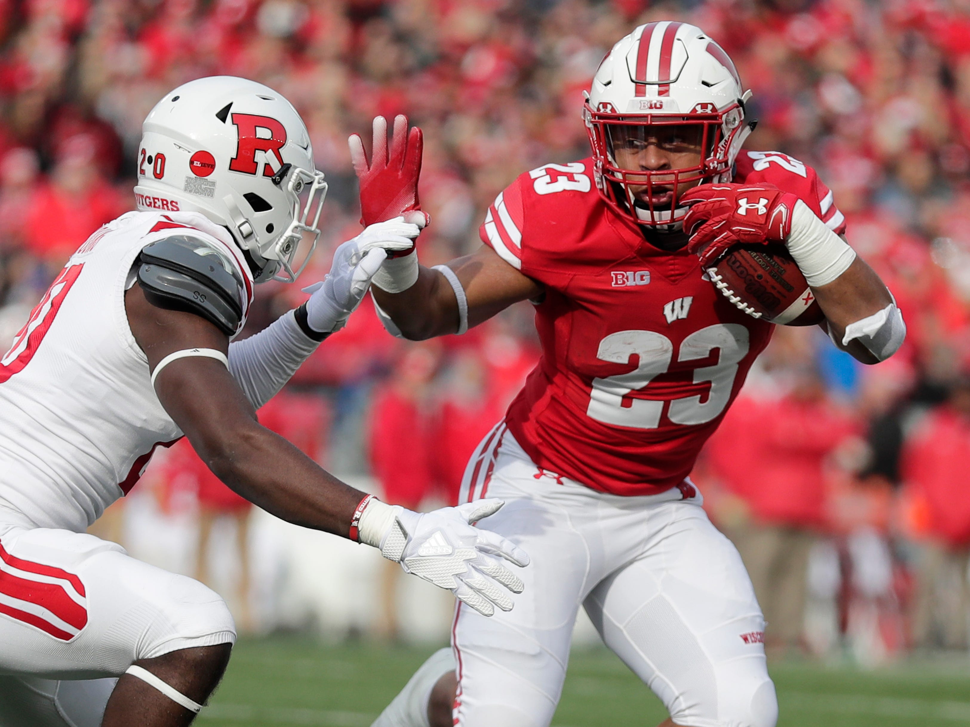 Wisconsin Badgers running back Jonathan Taylor (23) rushes against the Rutgers Scarlet Knights in the first quarter of a Big Ten football game at Camp Randall Stadium on Saturday, November 3, 2018 in Madison, Wis.Adam Wesley/USA TODAY NETWORK-Wisconsin