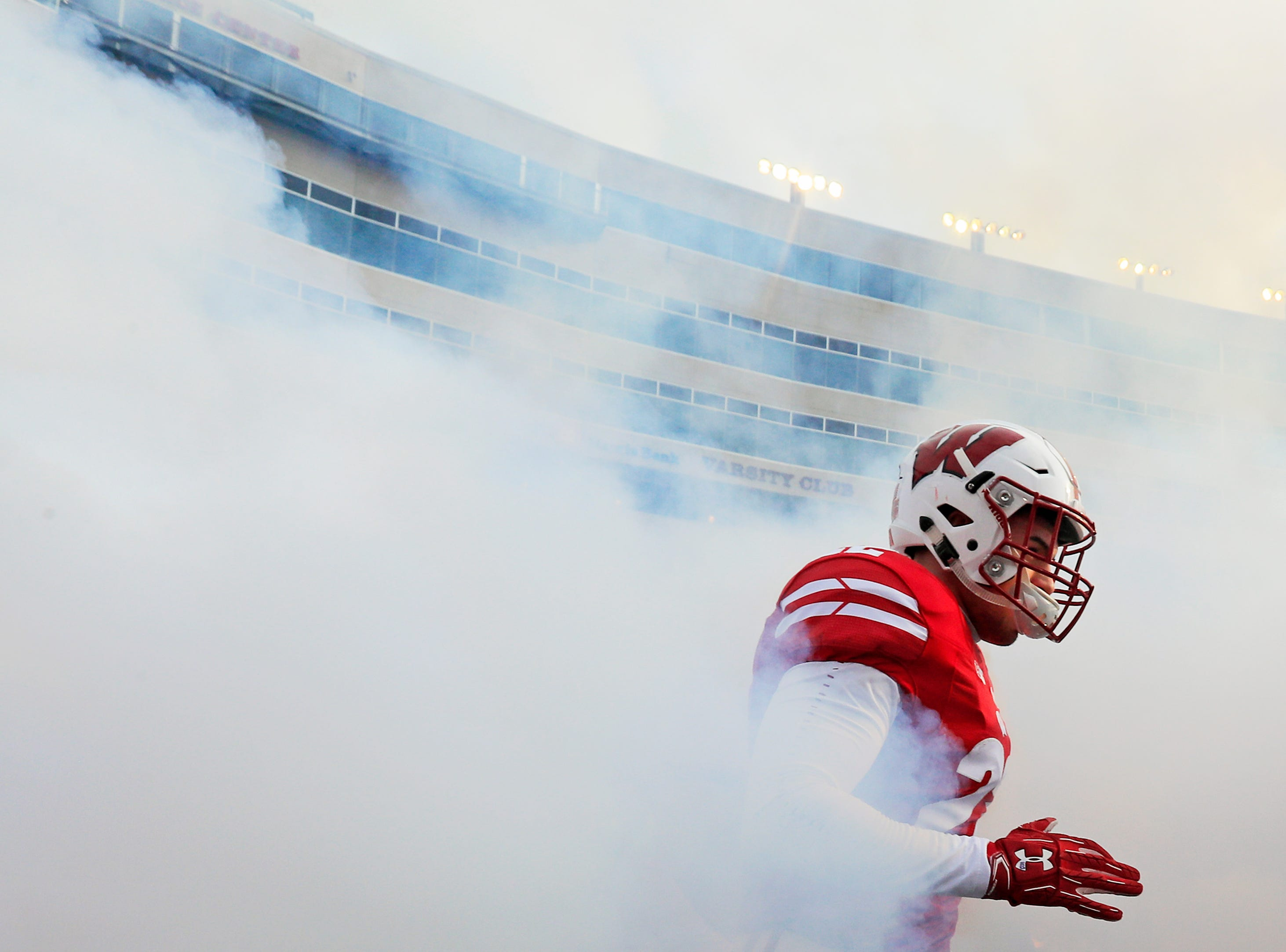 The Wisconsin Badgers take the field for a Big Ten football game at Camp Randall Stadium on Saturday, November 3, 2018 in Madison, Wis.Adam Wesley/USA TODAY NETWORK-Wisconsin