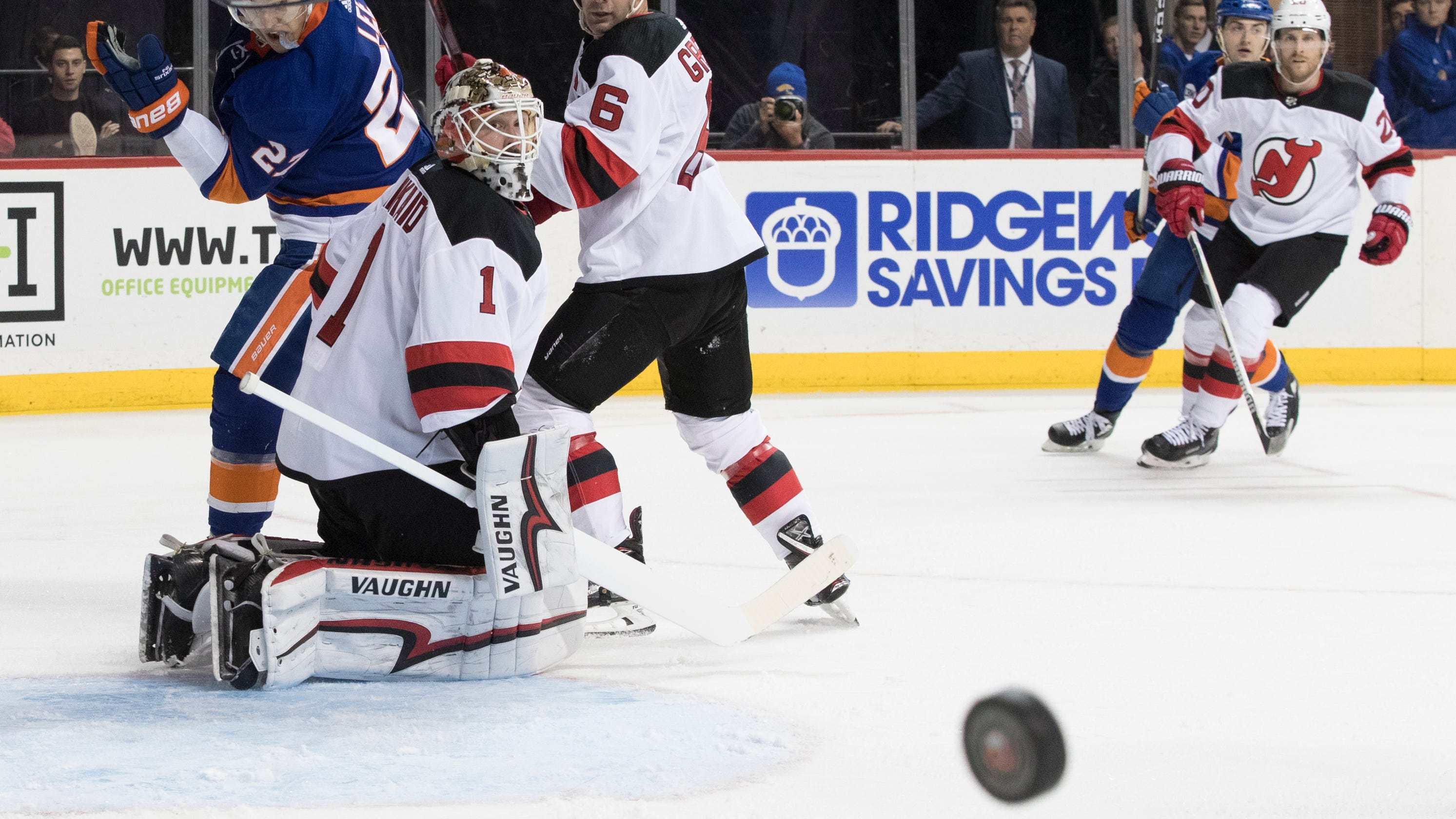 NJ Devils  shut out for first time this season in loss to Islanders a83a10831