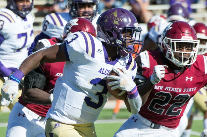 Alcorn running back DeShawn Waller ran for 137 yards and two scores, and also caught a 12-yard touchdown in the Braves' 52-42 road loss at FBS member New Mexico State Saturday.