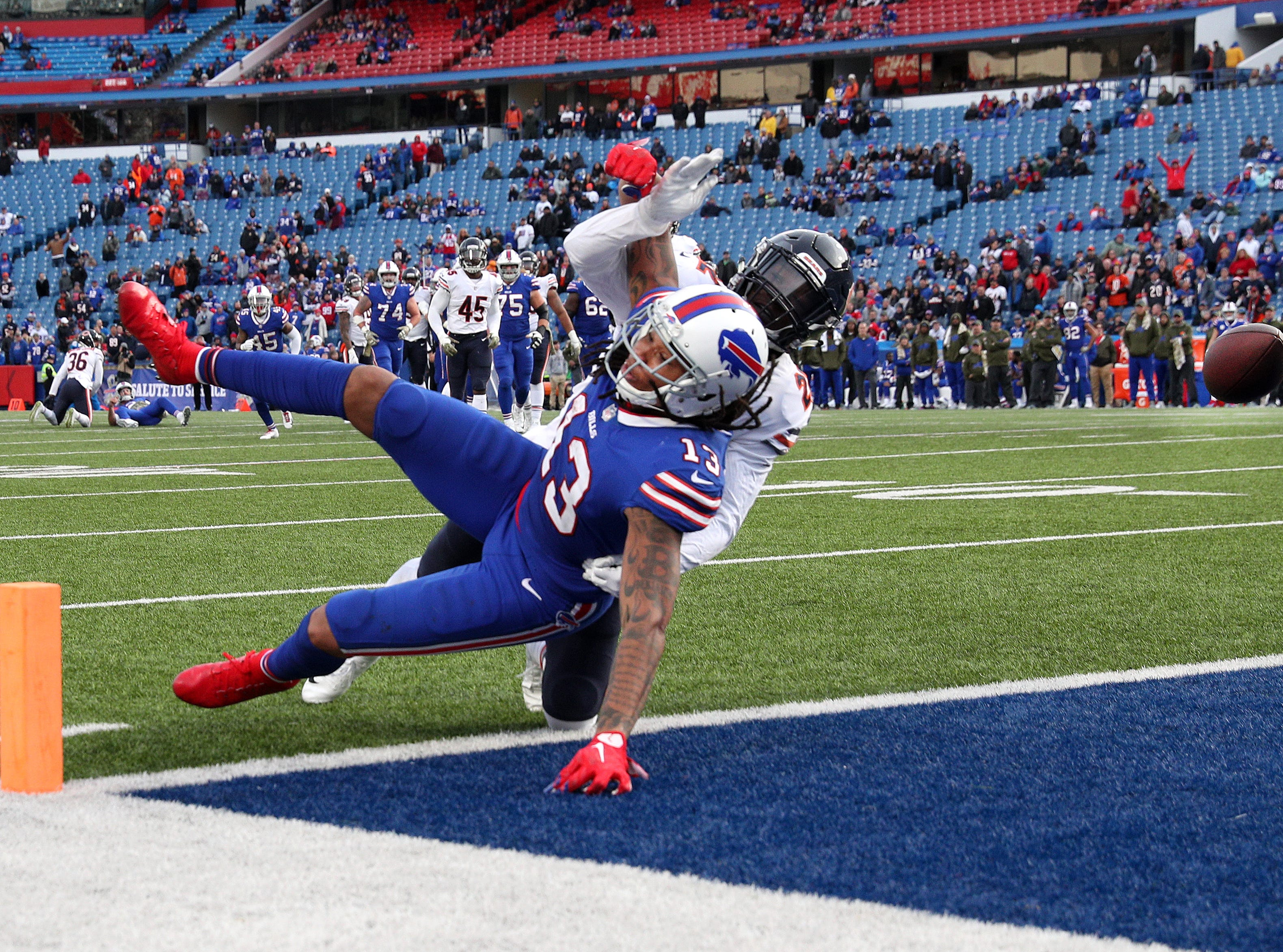 Bills receiver Kelvin Benjamin has their ball knocked away by Chicago's Kevin Toliver ll.