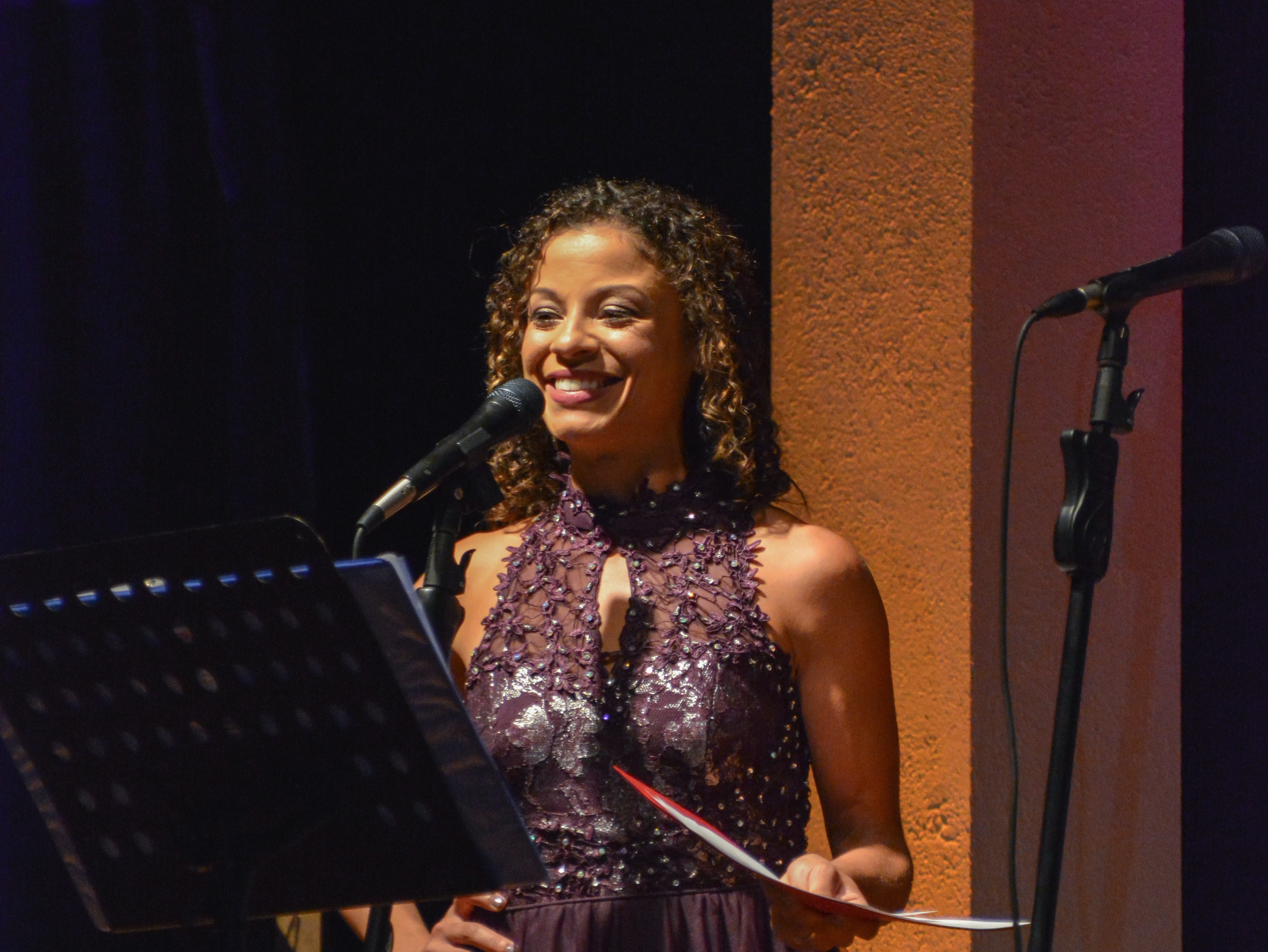 """Vira Ogburn, president of Minds in Motion Children's Museum, speaks at the Minds in Motion Museum """"A Wonderland Adventure"""" gala, on Nov. 3, 2018 at the Wicomico Youth & Civic Center."""