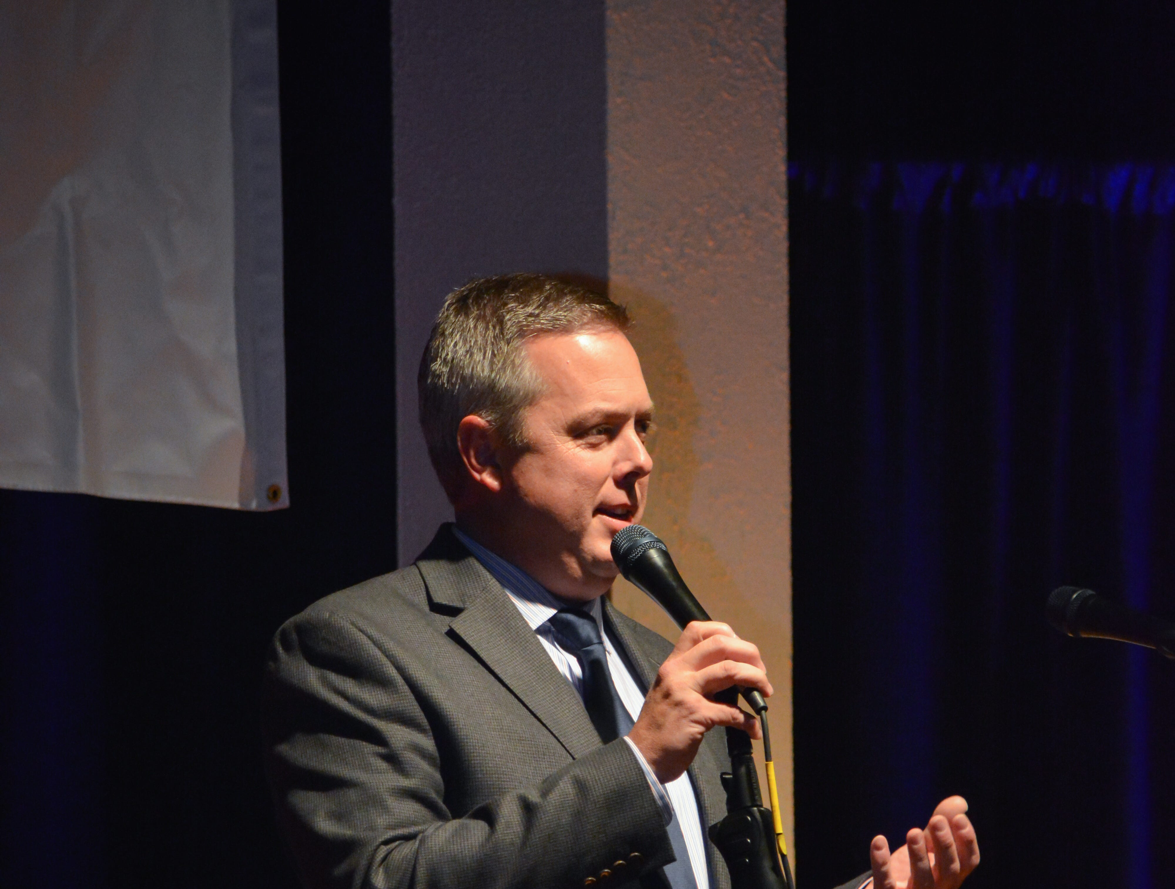 """Steve Leonard, CEO of Peninsula Regional Medical Center, shares a few words at the Minds in Motion Museum """"A Wonderland Adventure Gala"""" on Nov. 3, 2018, held at the Wicomico Youth & Civic Center in Salisbury, Maryland."""
