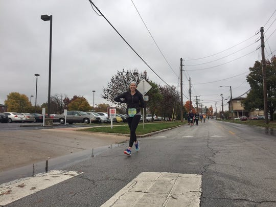 Elyce Cicottebefore mile 17.