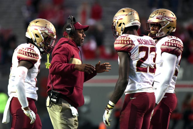 Florida State head coach Willie Taggart relinquished playcalling duties to offensive coordinator Walt Bell ahead of Saturday's game vs. N.C. State
