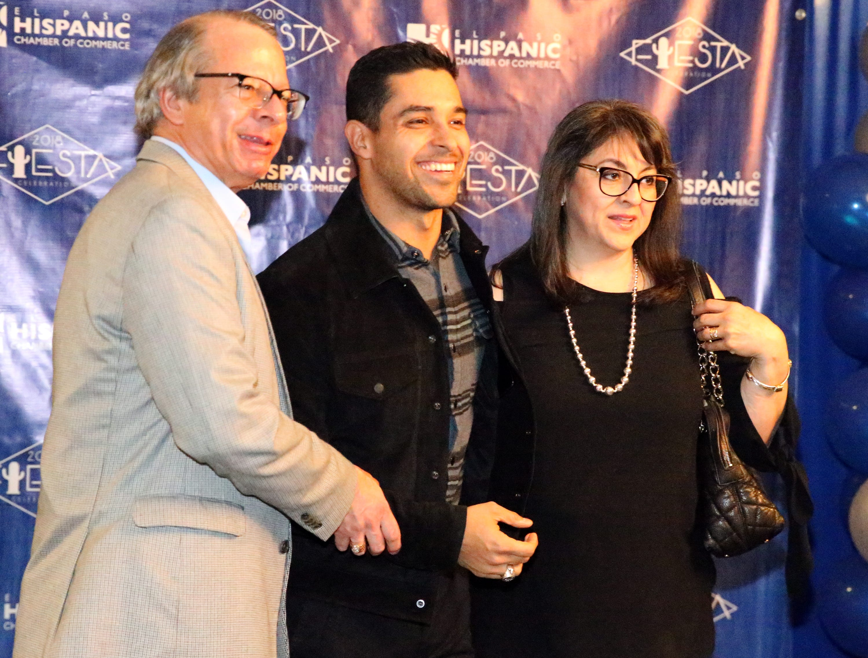 David and Sandra Saucedo get a photo taken with actor/producer Wilmer Valderrama Saturday.