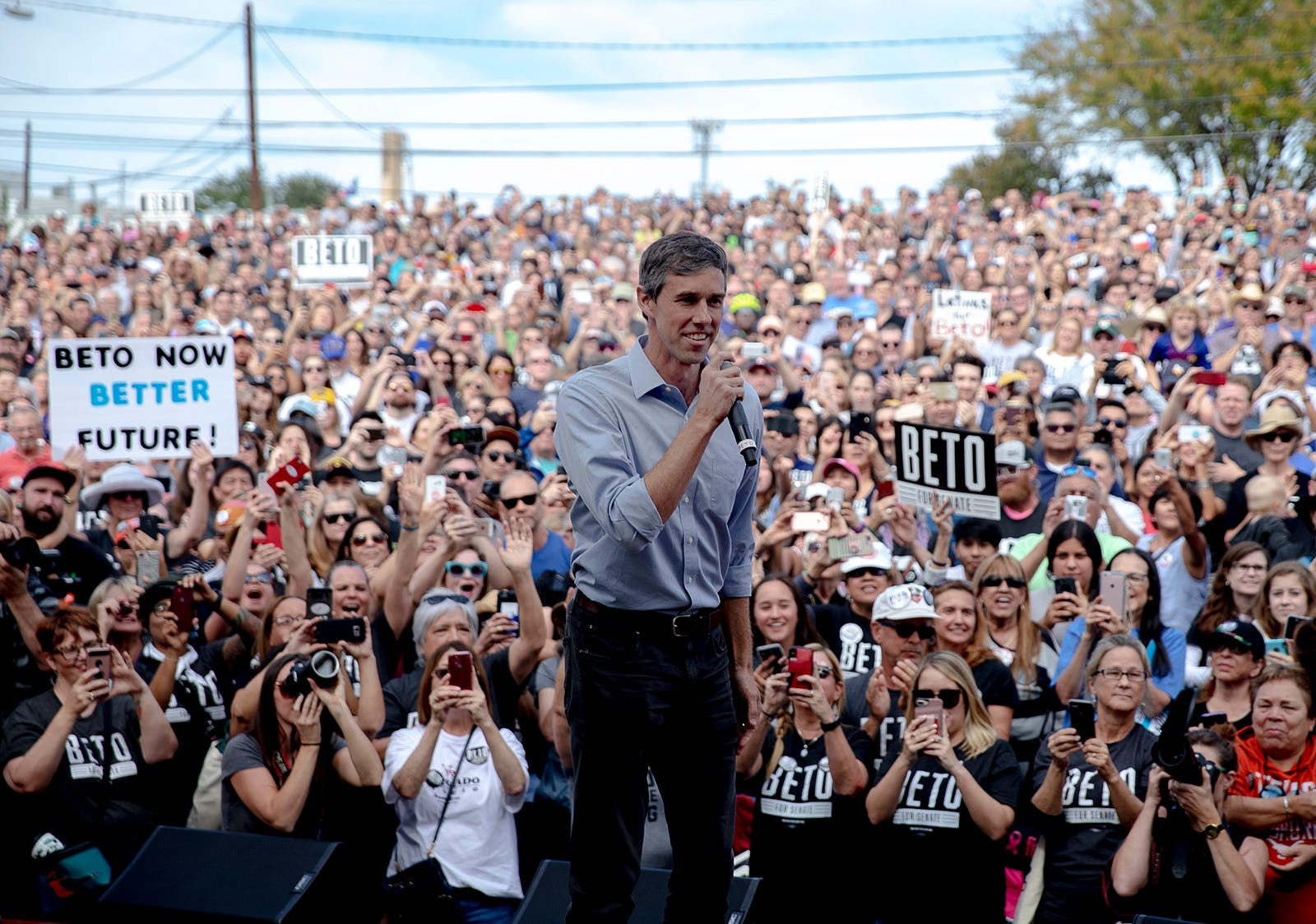 Beto O'Rourke, the 2018 Democratic candidate for U.S. Senate in Texas, gets ready to speak at the Pan American Neighborhood Park in Austin, Tex., on Sunday, Nov. 4, 2018.