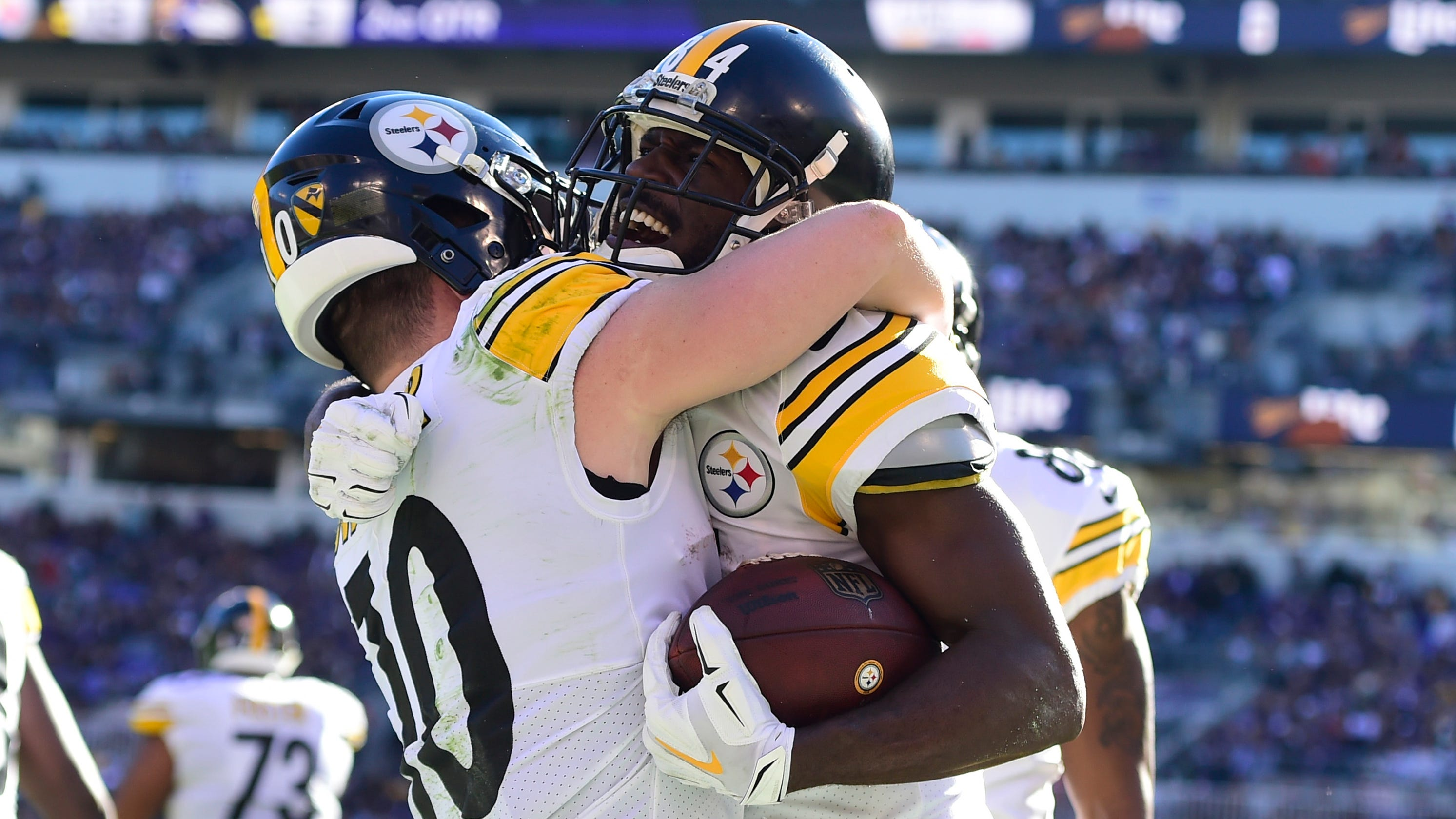 Pittsburgh Steelers stave off Baltimore Ravens for key AFC North win cbc0dd91b