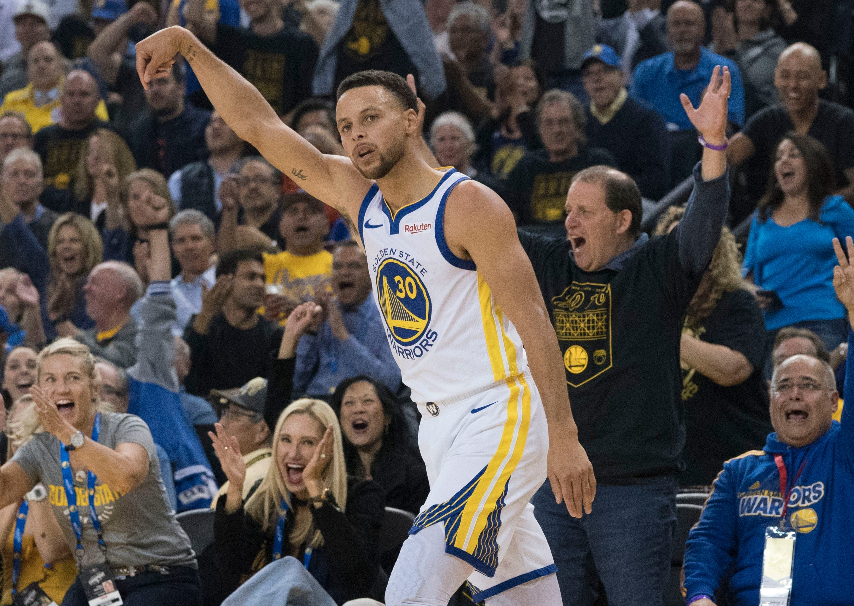 2018-11-04 Steph Curry2
