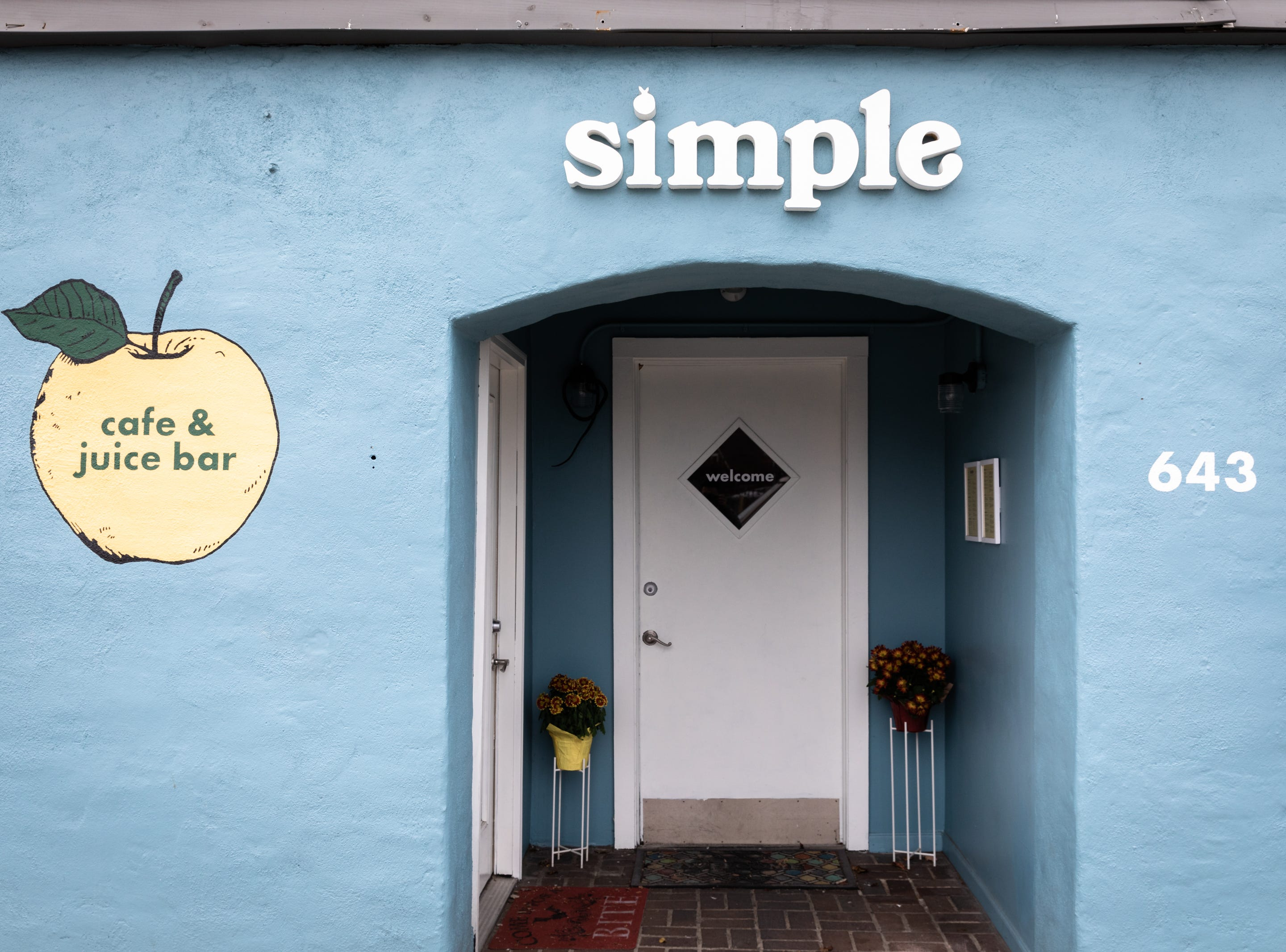 Simple Cafe & Juice Bar on Haywood Road in West Asheville.