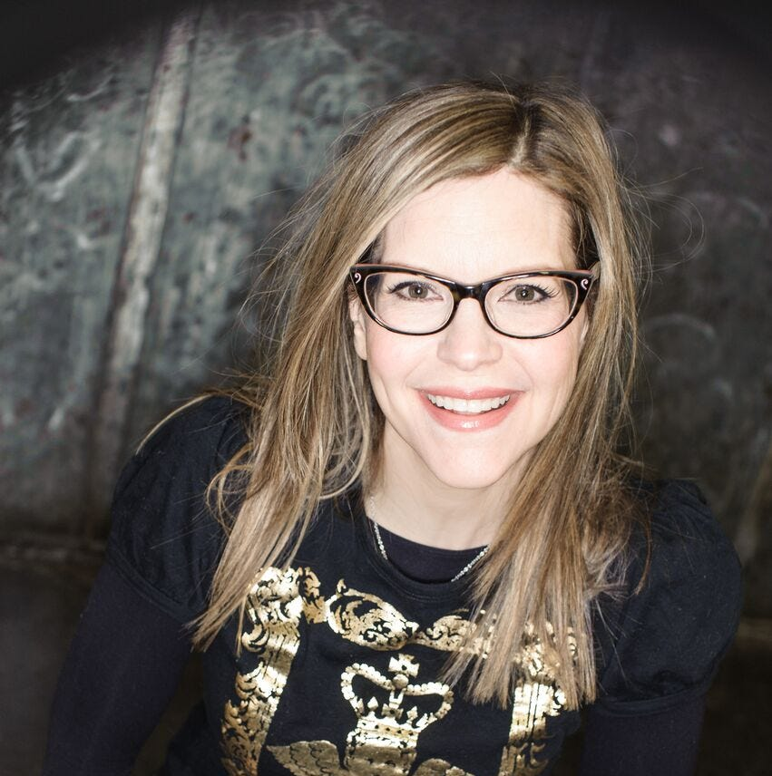 Lisa Loeb finding — and mixing — two audiences
