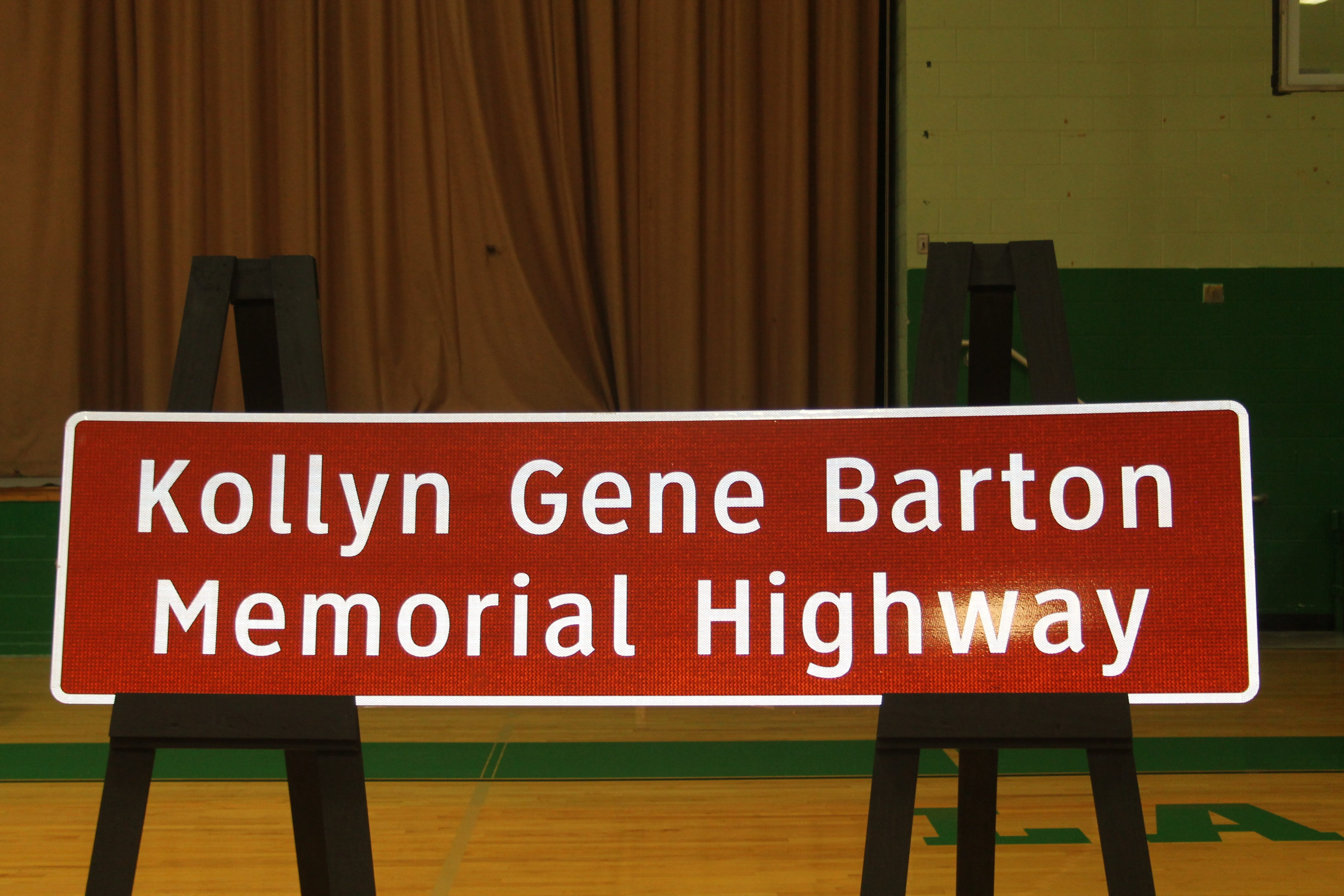 Highway dedicated to Banquete High School student killed in