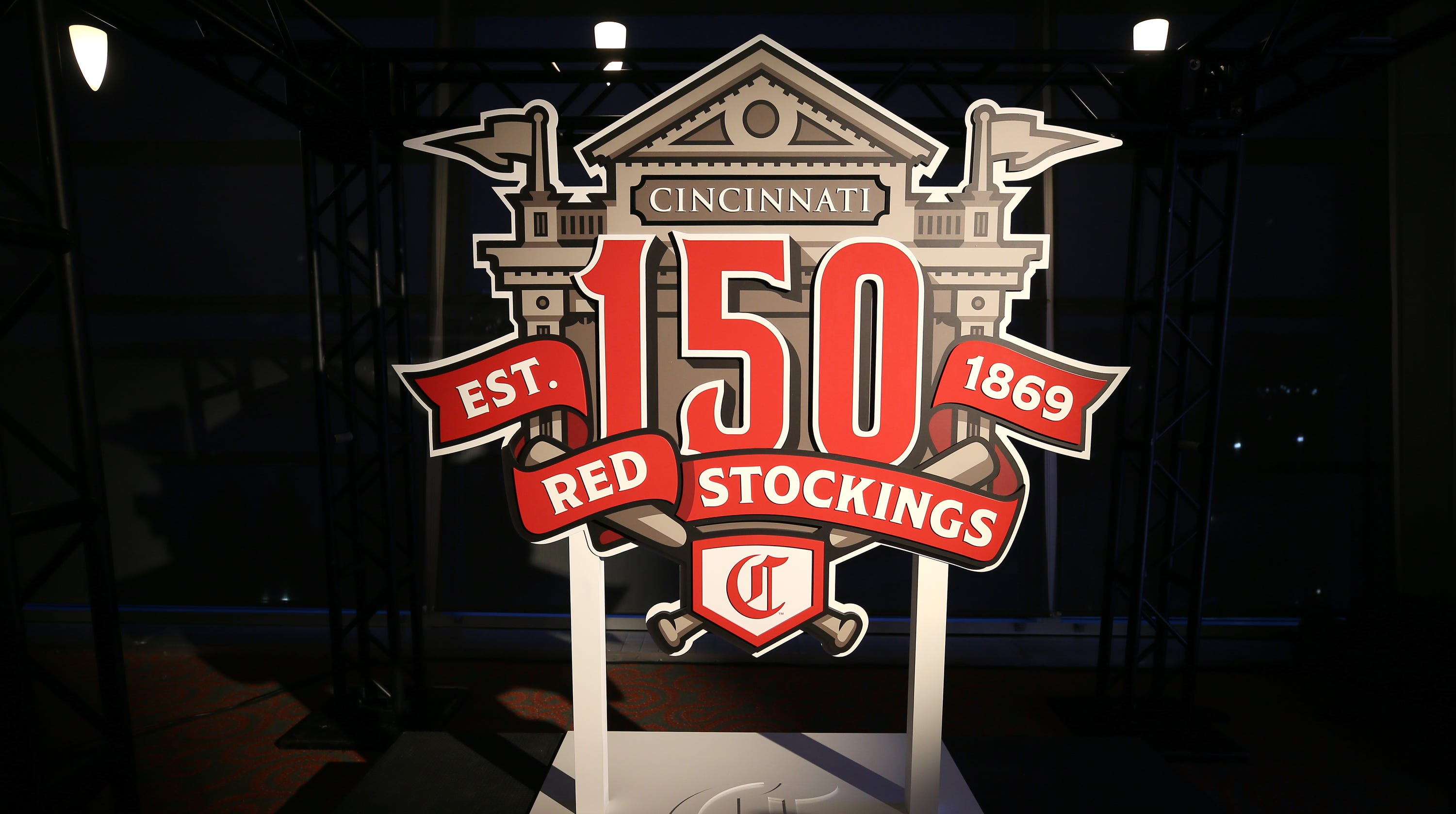 f4e619443 For their 150th year, Reds going retro