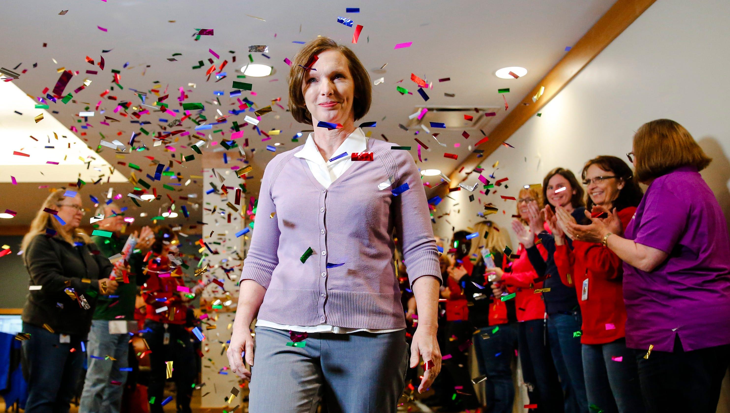 Iowa lottery winner to announce big donation on 'Ellen'