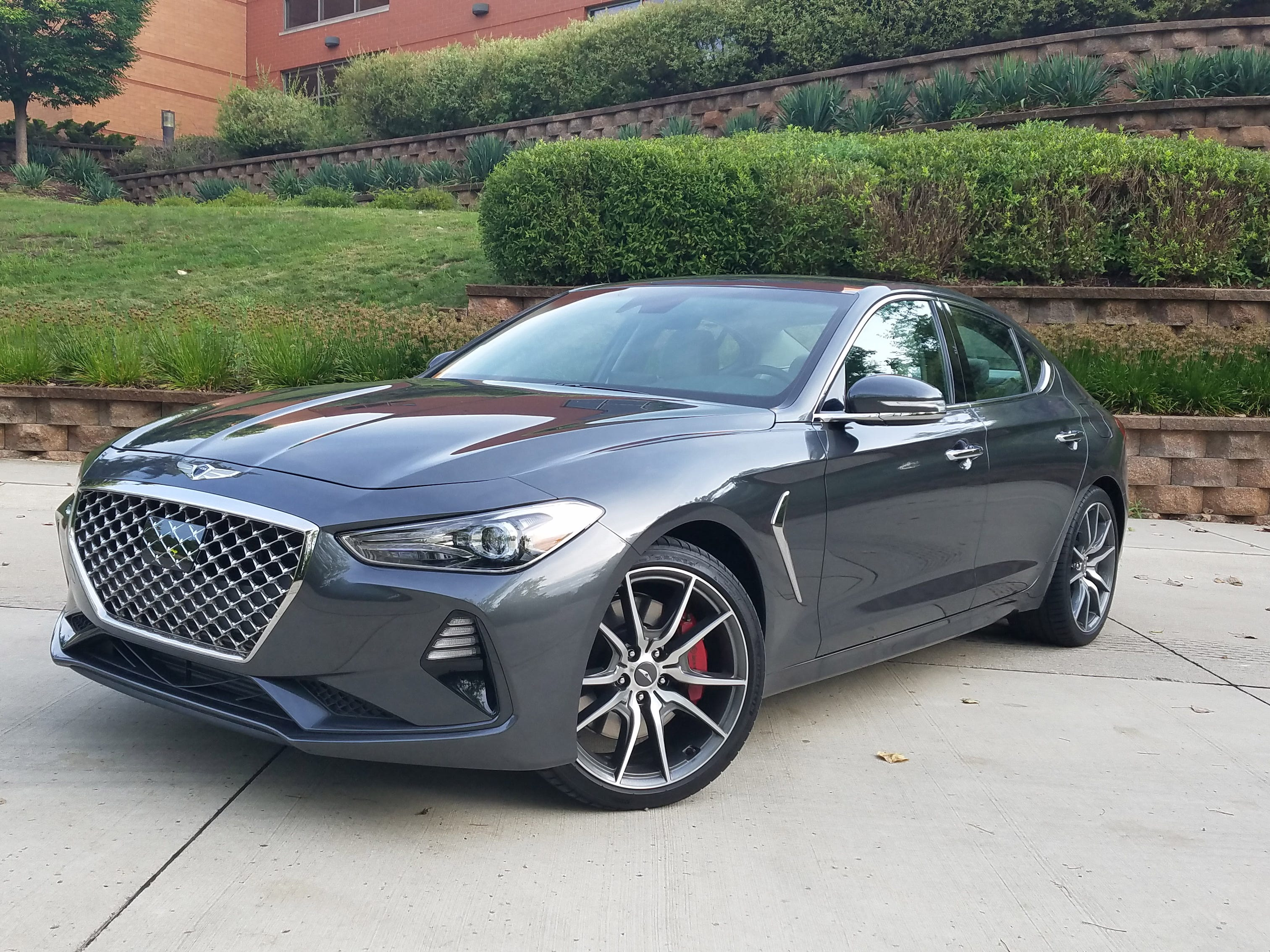 Payne: Genesis G-pulling G70 is a bargain athlete