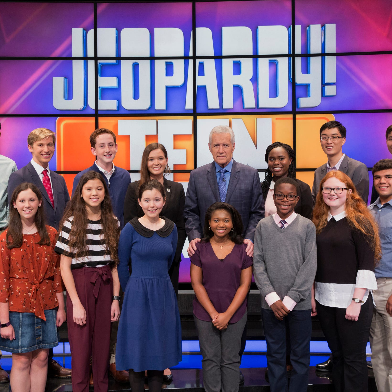 'Jeopardy!': Bonita Springs teen loses Friday's game, but still might make go to semifinals