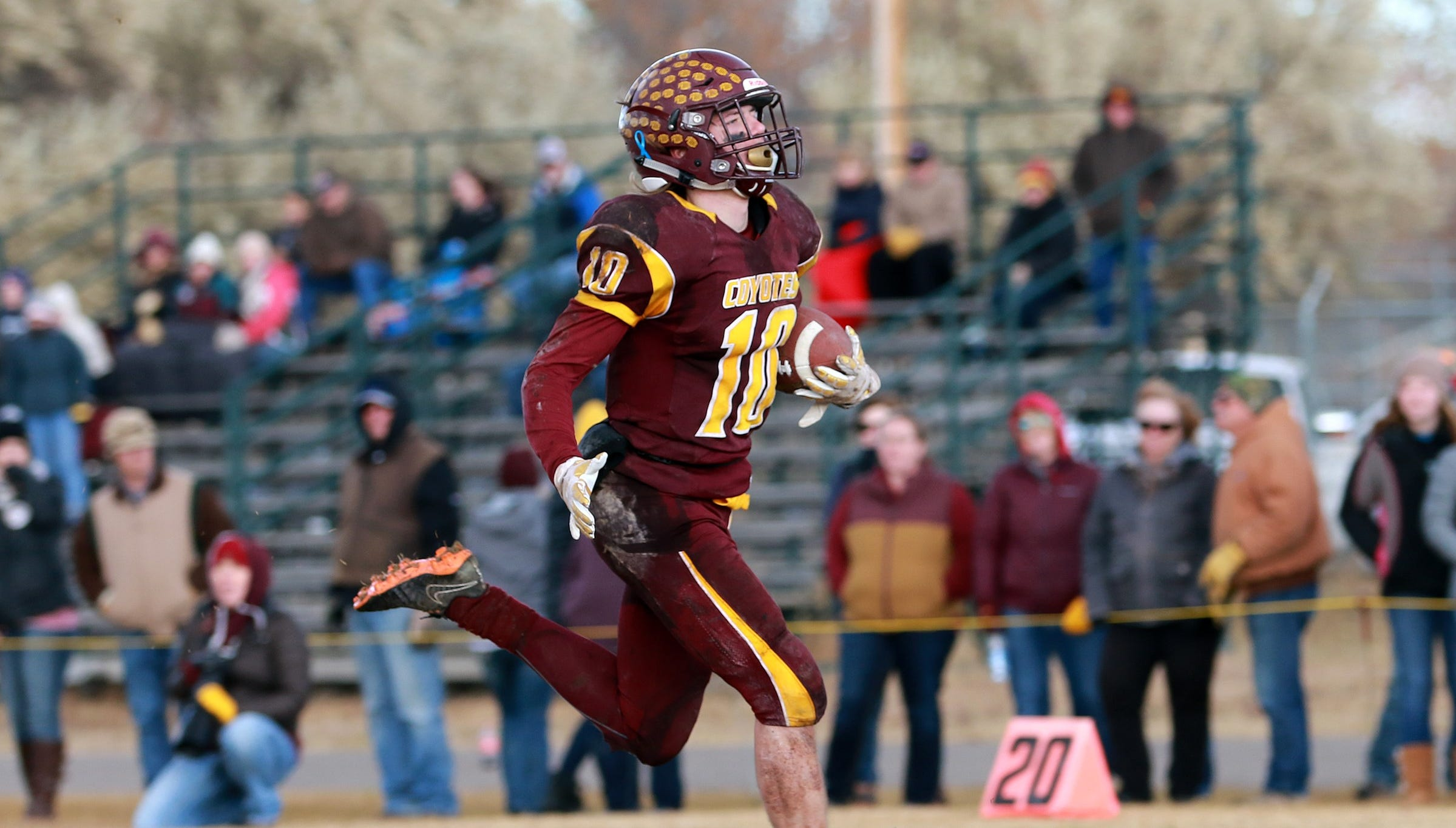Look at the prep football playoff games of the last weekend, and look ahead to next week's semifinals.