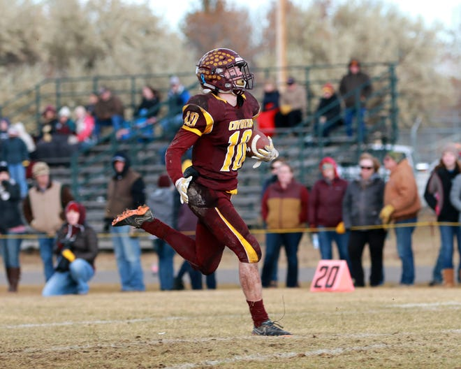 Shelby running back Wyatt Brusven runs the ball in for a Coyote touchdown in their win over Circle Saturday in Shelby.