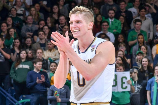 Rex Pflueger is one of two returning starters for the Fighting Irish.