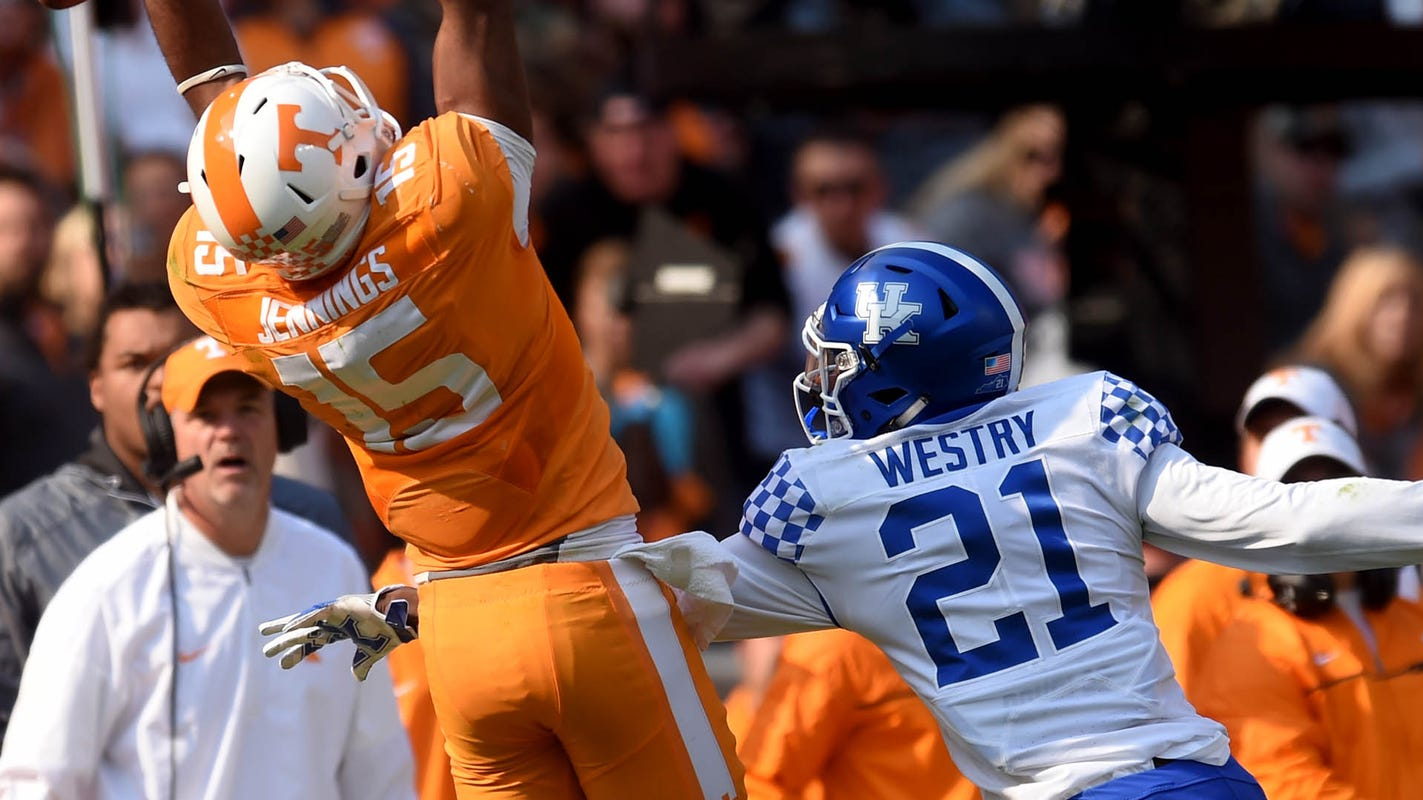 Tennessee football to change up its uniform for game vs. Mississippi State