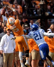 Tennessee wide receiver Jauan Jennings (15) is unable to catch a pass with Kentucky corner back Chris Westry (21) defending during the first half at Neyland Stadium on Saturday, Nov. 12, 2016.