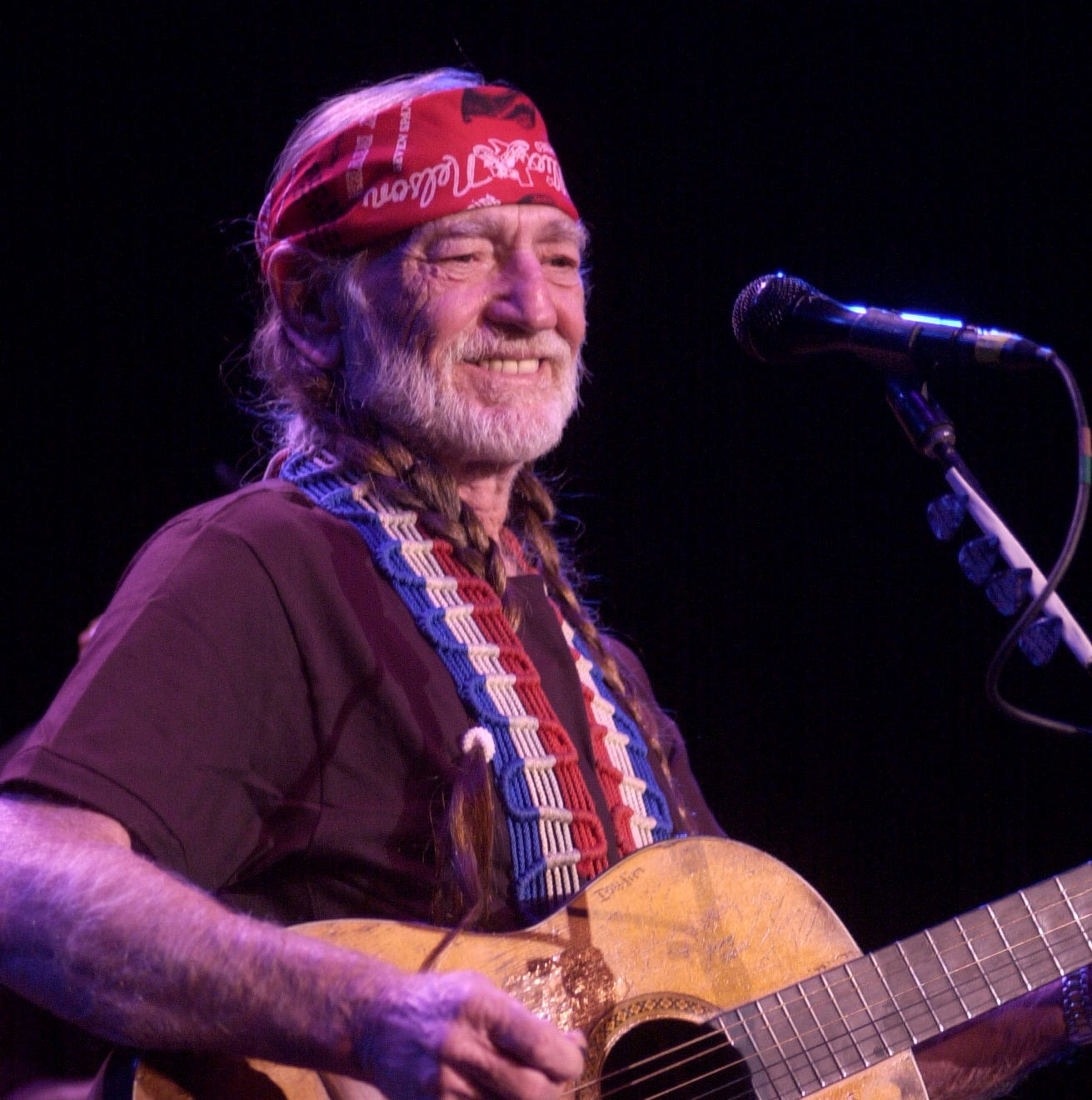 Get your tickets for Willie Nelson's El Paso concert Thursday
