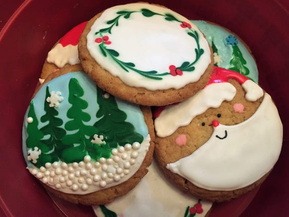 Food and drink reporter Megan Wyatt will host holiday cookie decorating workshops at The Daily Advertiser.