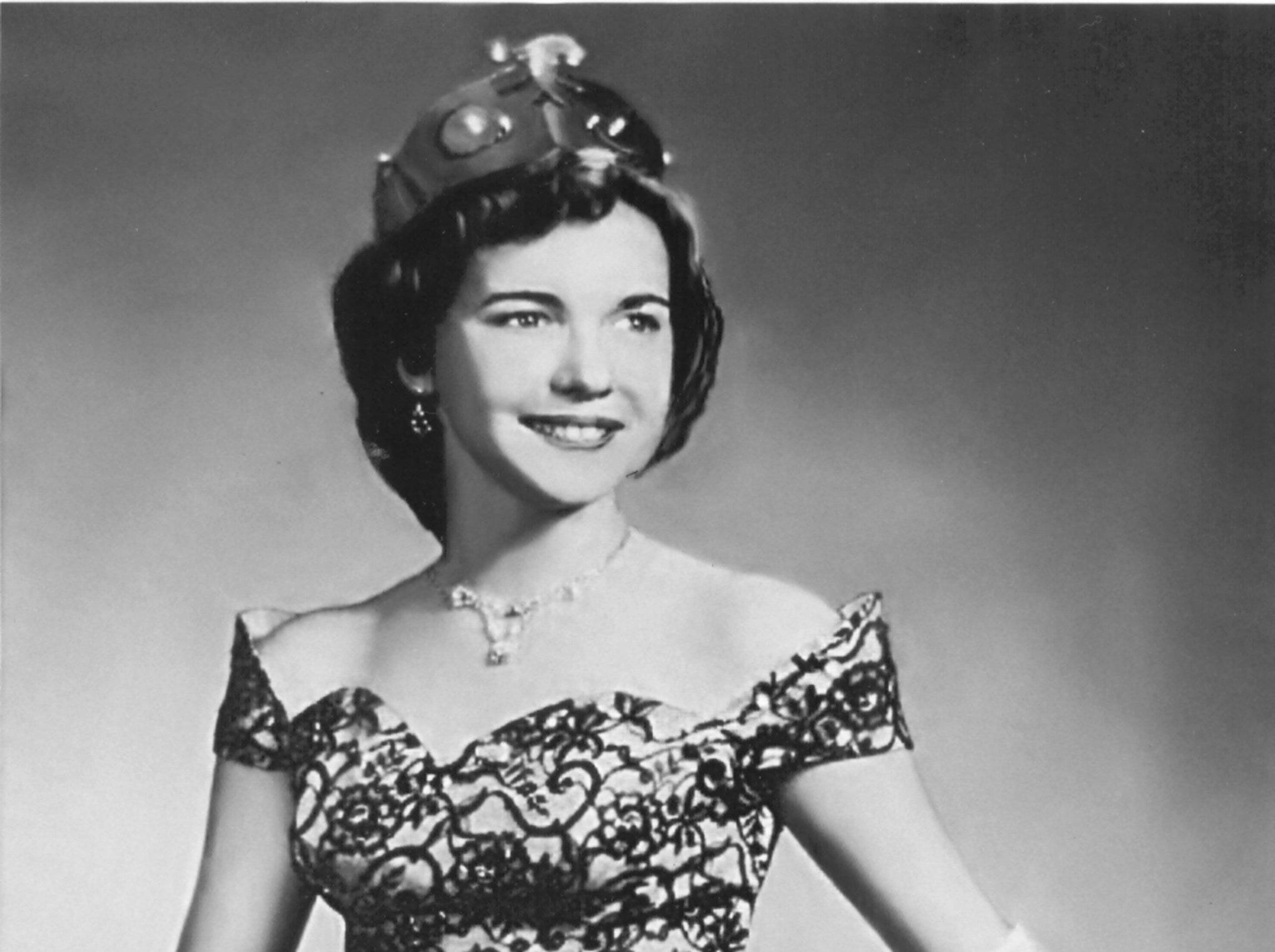 "Miss Jo Haynes was the first freshman to be crowned Football Queen at Whitehaven High School.  As a 1958 graduate, she was ""Most Beautiful"" and was captain of the Whitehaven Varsity cheerleaders, which cheered the Tiger football team to the 1958 Shelby County  championship.  She represented Whitehaven in the Miss Tennessee pageant."