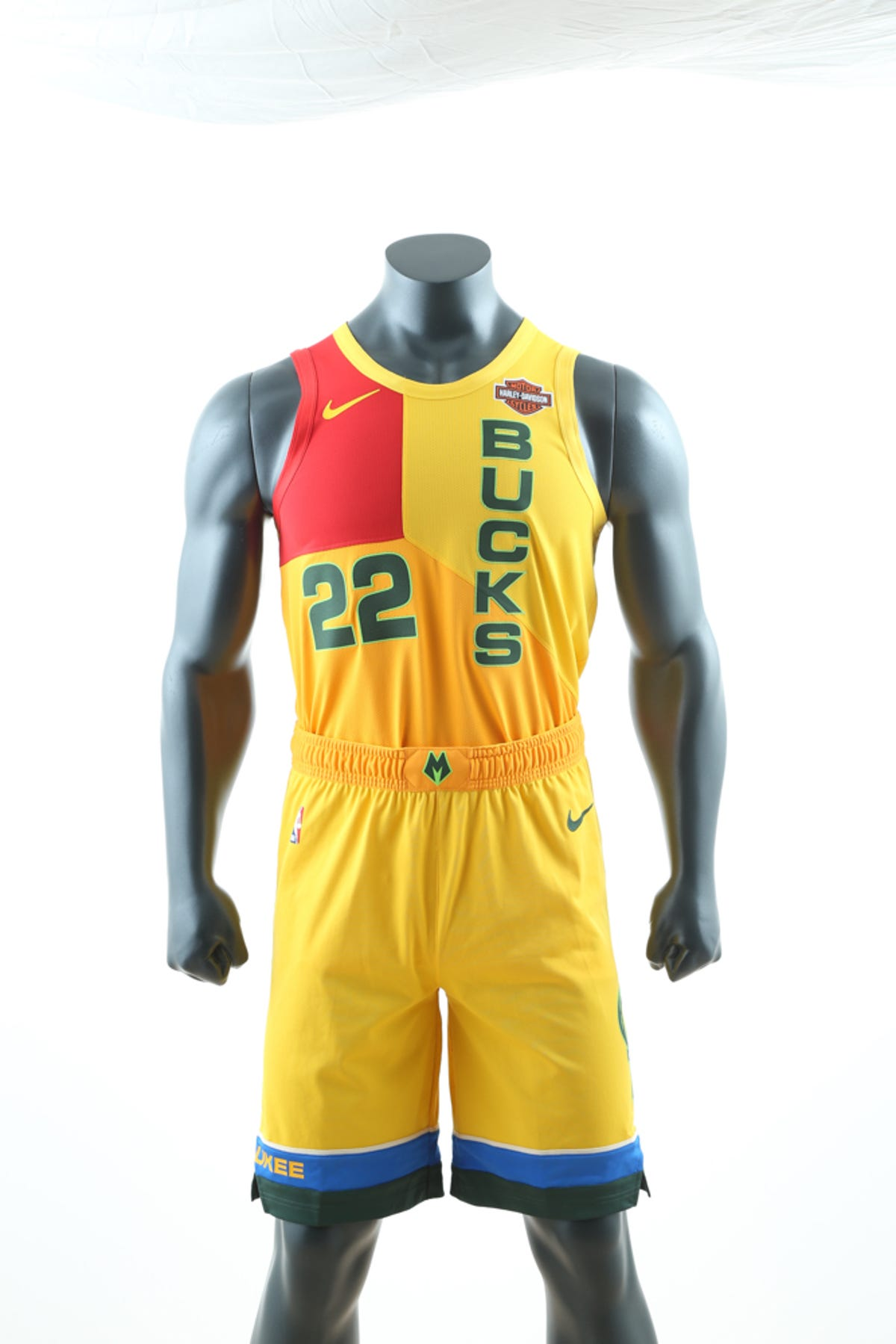 competitive price 94821 f0328 Bucks unveil City Edition uniforms inspired by MECCA floor