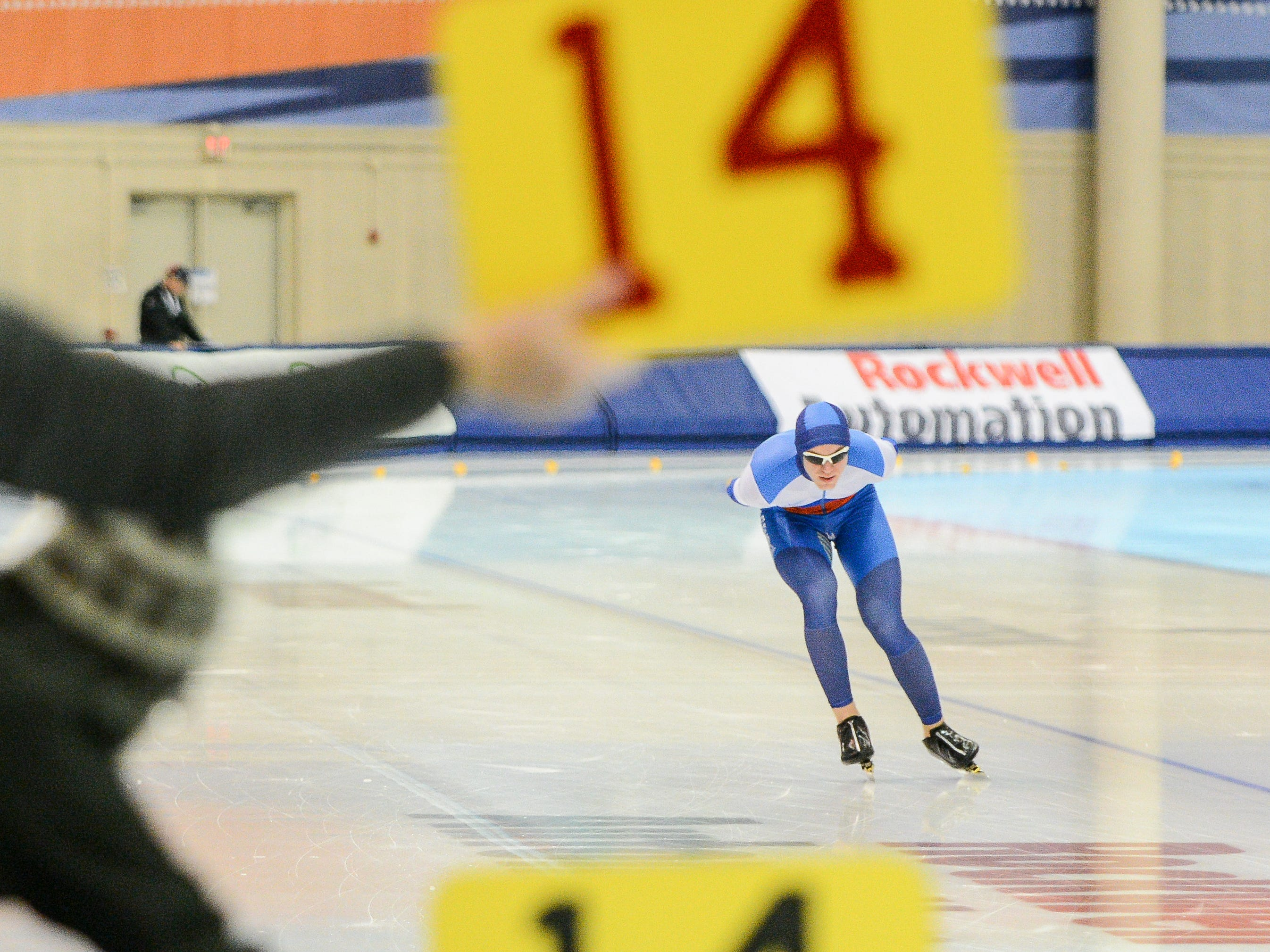 Adam Johnson skates in the men's 10,000 meters at the U.S. World Cup qualifying event Sunday, November 4, 2018, at the Pettit National Ice Center.
