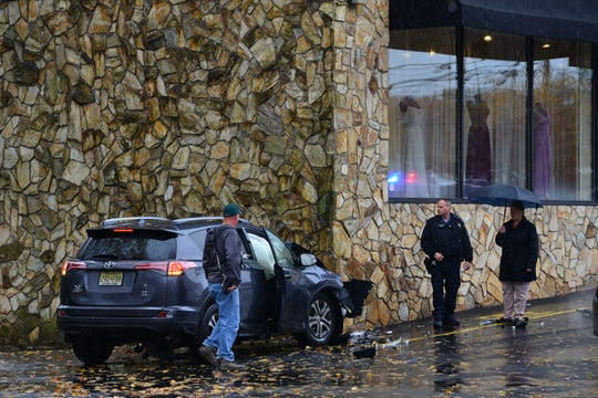 Possible four people were transported to the hospital after a two car accident, which one of the vehicles struck a store on Route 17 northbound in Paramus on Monday morning November 5, 2018. The rear of Bijou Bridal was struck by the Toyota RAV4, the building had no structural damage according to Paramus Police at the scene.