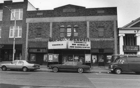 The Tenafly theater in 1987.