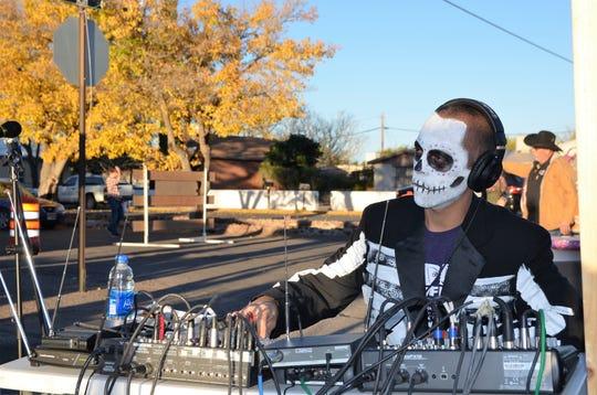 Ryan Gonzalez, the sound guy for the Alegria band.