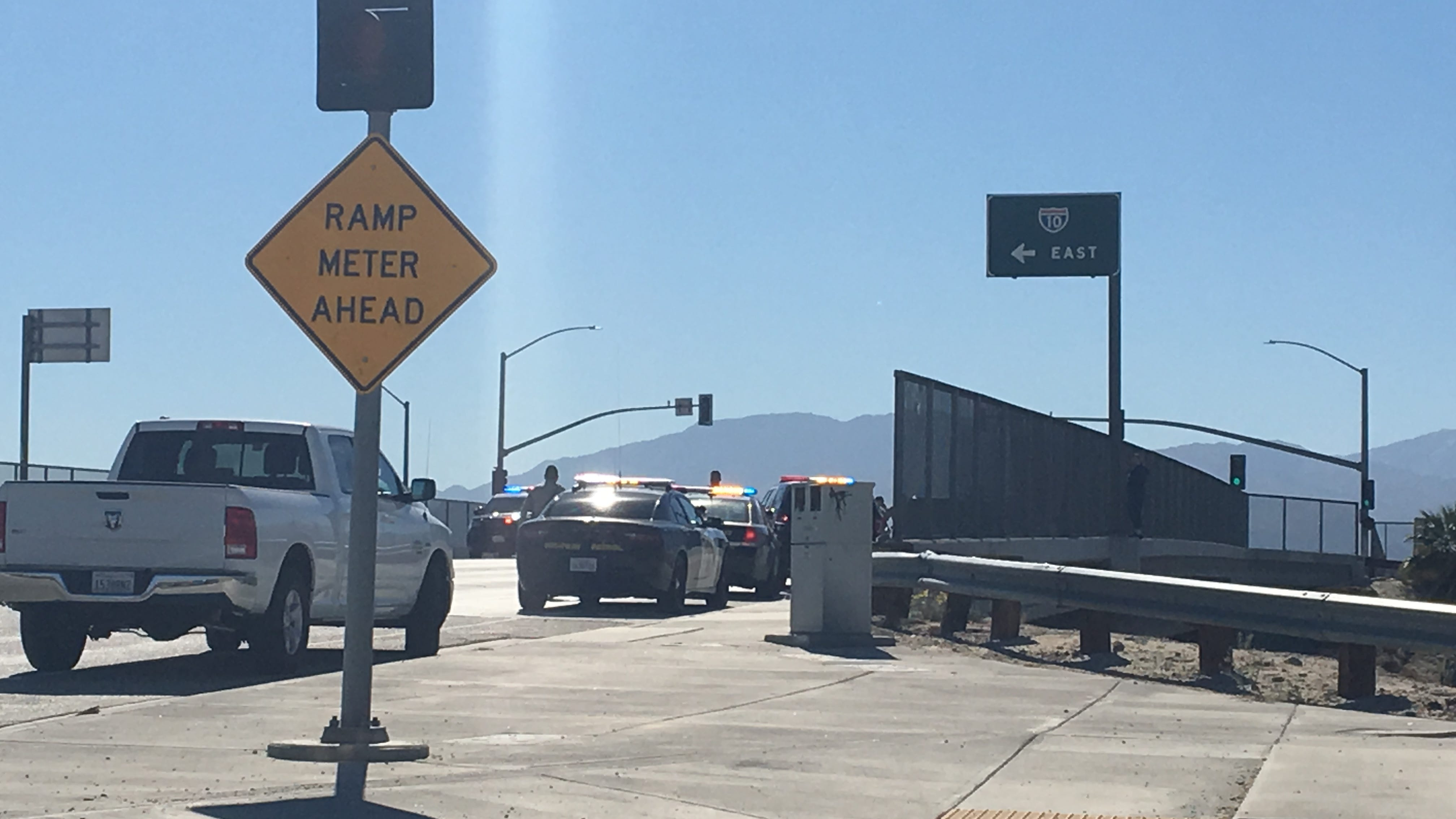Woman Agrees To Come Down From I 10 Overp Ending Standoff That Delayed Freeway Traffic