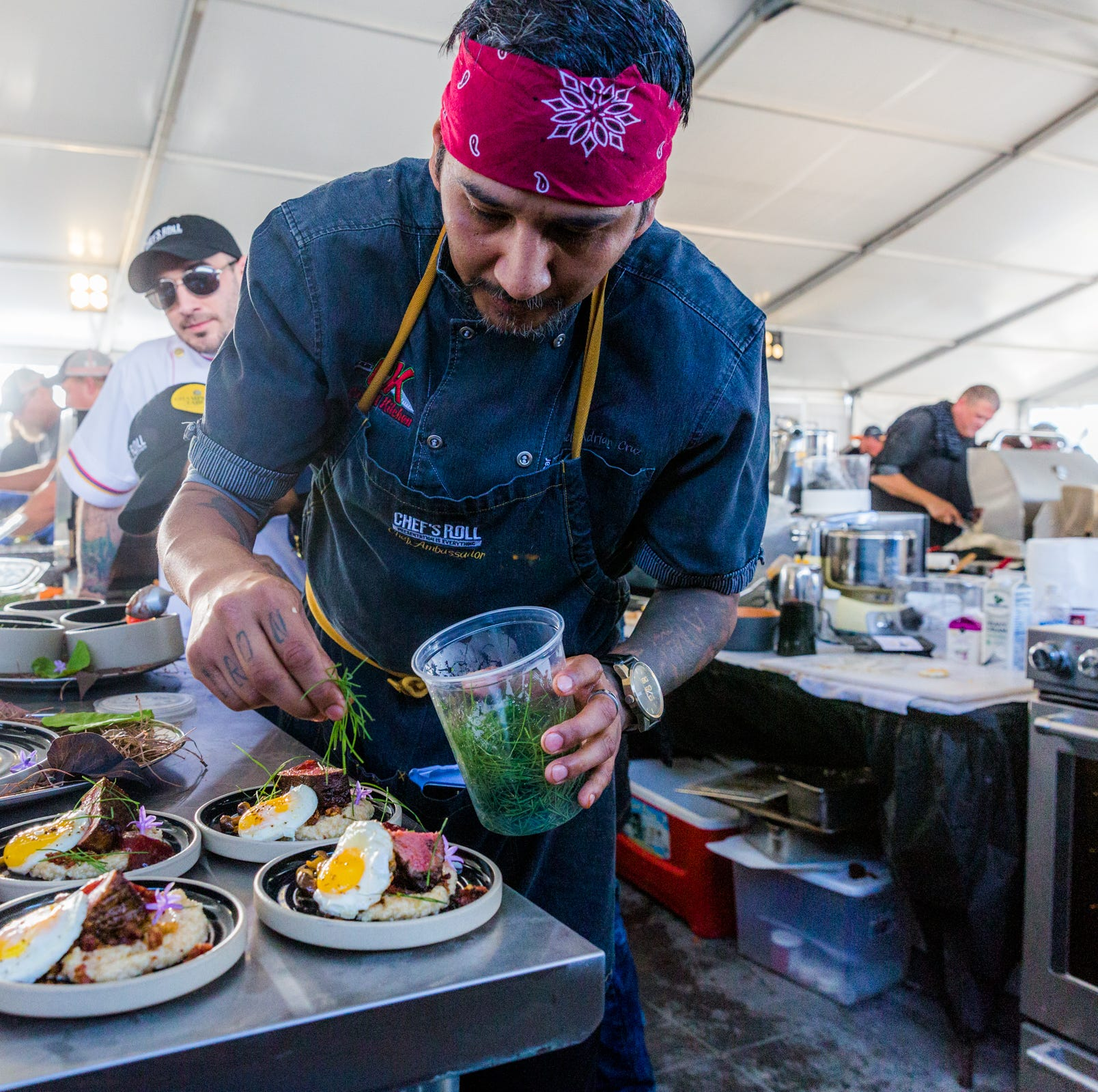 Need a reason to attend world's largest food fight? How about a baker's dozen!
