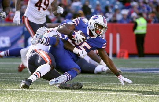 Bills running back LeSean McCoy getting shut down by the Chicago Bears defense.