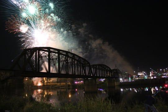 Fireworks will blast at Rockets Over the Red Fireworks Festival, Nov. 24 in Shreveport-Bossier City.