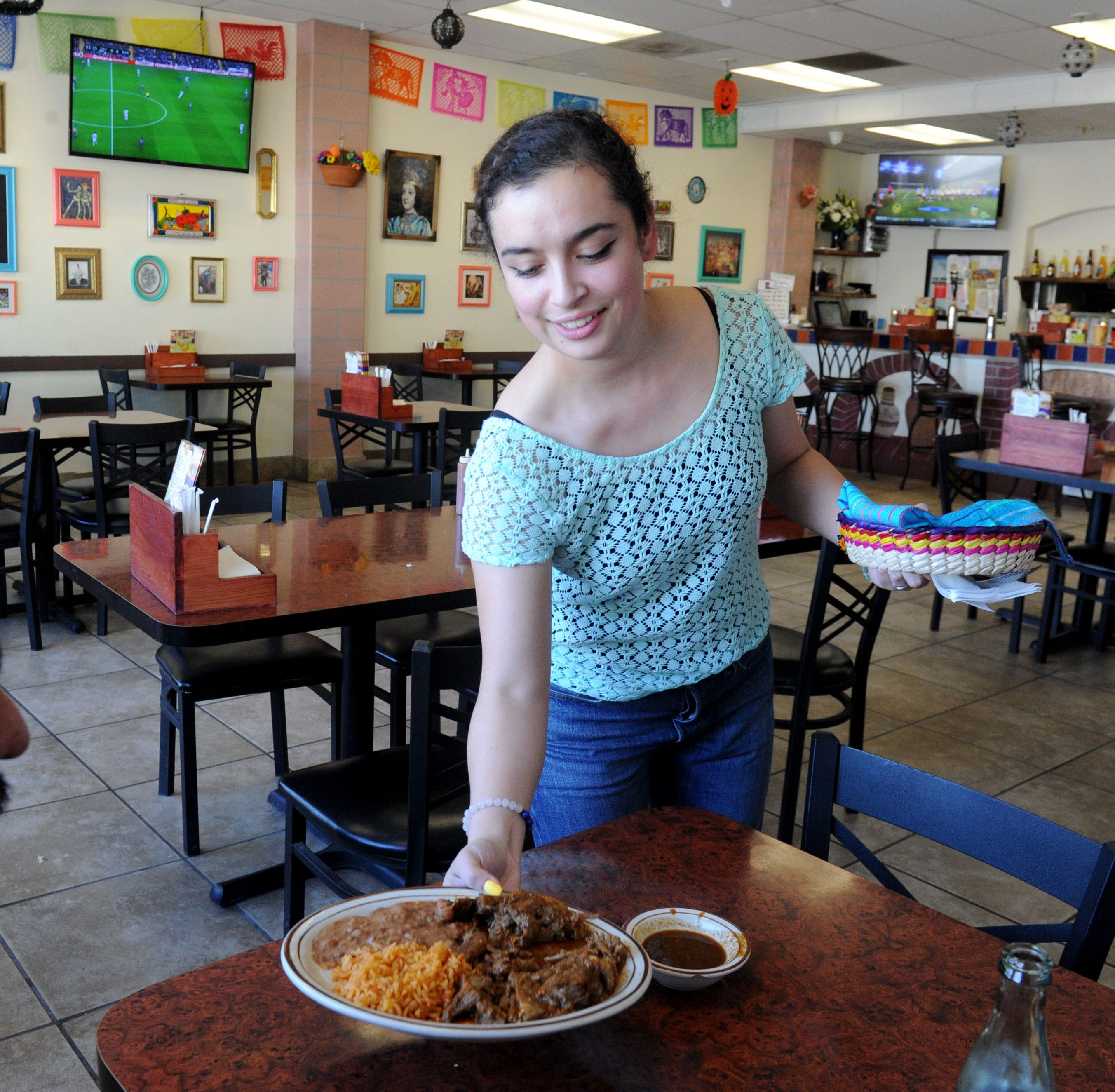 Restaurant Review: At Fiesta Mexican Grill in Oxnard the food is authentic and tasty