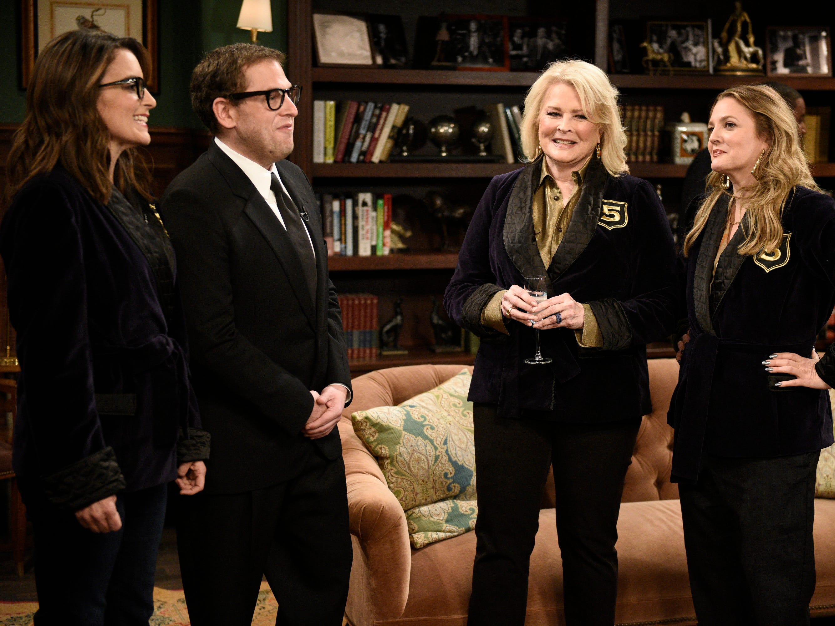 Jonah Hill hosted the show for the fifth time, making him a member of the Five-Timers Club. He was welcomed to the club by Tina Fey, Candice Bergen, and Drew Barrymore during his opening monologue.