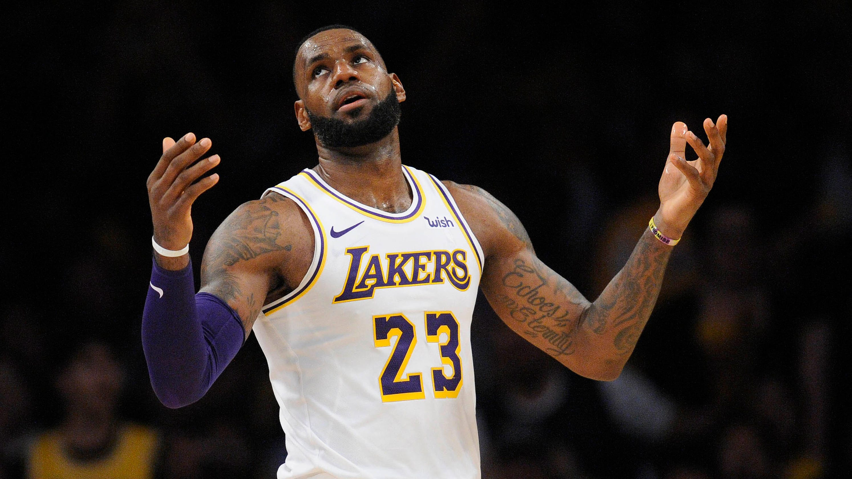 7a1c4a348c9 Lakers  maddening play continues as Kawhi Leonard-less Raptors rout LeBron  James and Co.