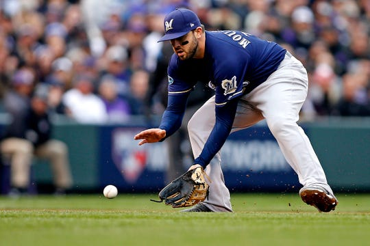 Mike Moustakas will look to cash in this winter.
