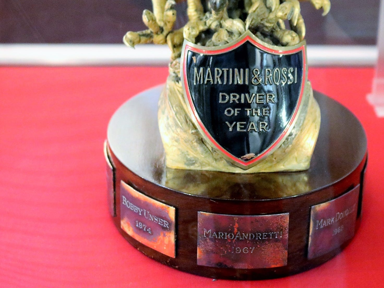 The brand became intricately linked to the world of racing, with drivers such as Mario Andretti earning honors as the Martini & Rossi Driver of the Year.